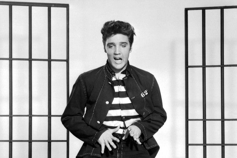 Elvis tegi lauljataridele ettepaneku grupiseksiks