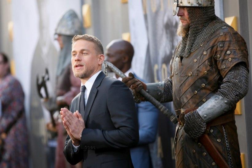 """""""Kuningas Arthuri"""" täht tegi 1000 kätekõverdust päevas"""