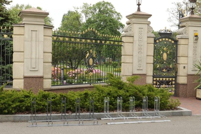 ÕHTULEHE EURODOKK, OSA 2 | Tuurita meiega Ukraina ekspresident Janukovõtši luksusliku villa territooriumil