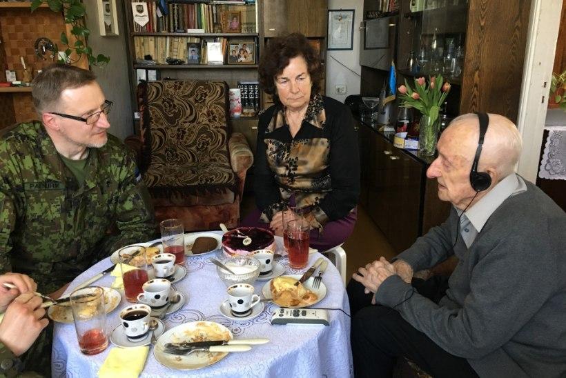 Legendaarse Raua tänava lahingu veteran sai 98-aastaseks
