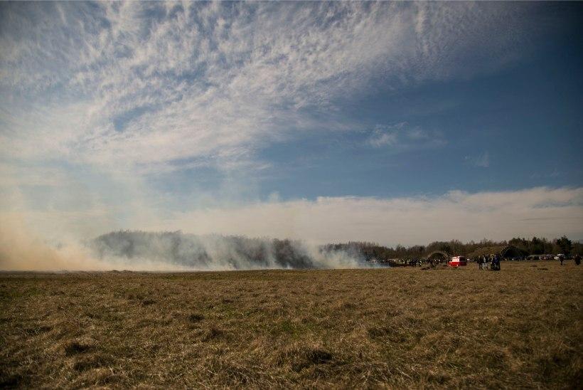 Narvas teatati eile linna kohale tekkinud paksust suitsust