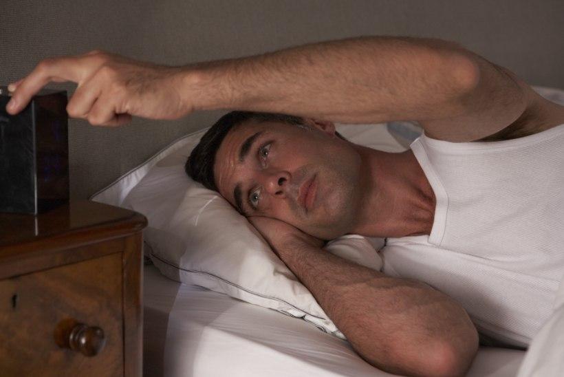 Raske magama jääda? Siin on 8 nõuannet, mis võivad aidata