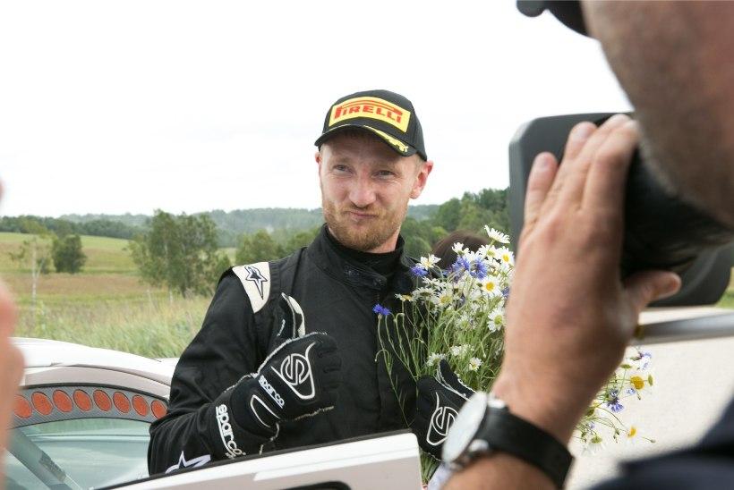Pihkva ralli eel hukkus kaardilugeja, Eesti rallifännidele tuntud Lukjanuk viidi haiglasse