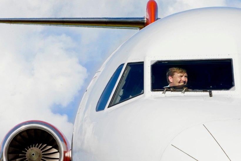 Hollandi kuninga lõõgastav hobi: reisilennuki juhtimine