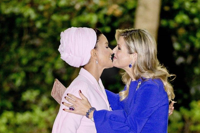 Šikid leedid: Hollandi kuninganna embas Katari endise emiiri abikaasat