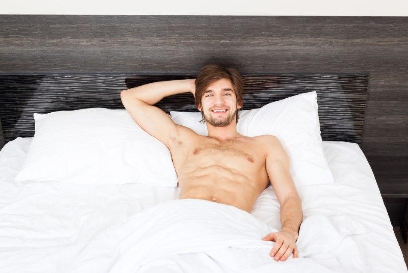 Loe, miks peaksid mehed öösiti alasti magama