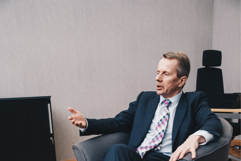 Jürgen Ligi lubab end uudisteankrutel eluaeg rünnata