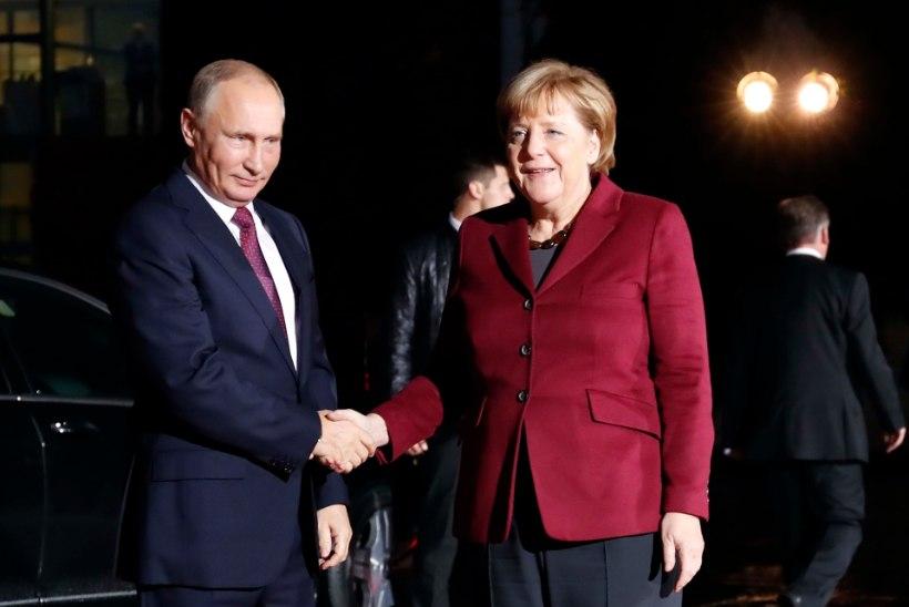 Putin kohtub täna Sotšis Merkeliga