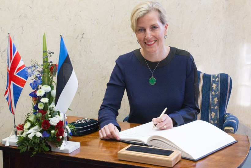 FOTOD | Wessexi krahvinna kohtus Kadriorus president Kersti Kaljulaidiga