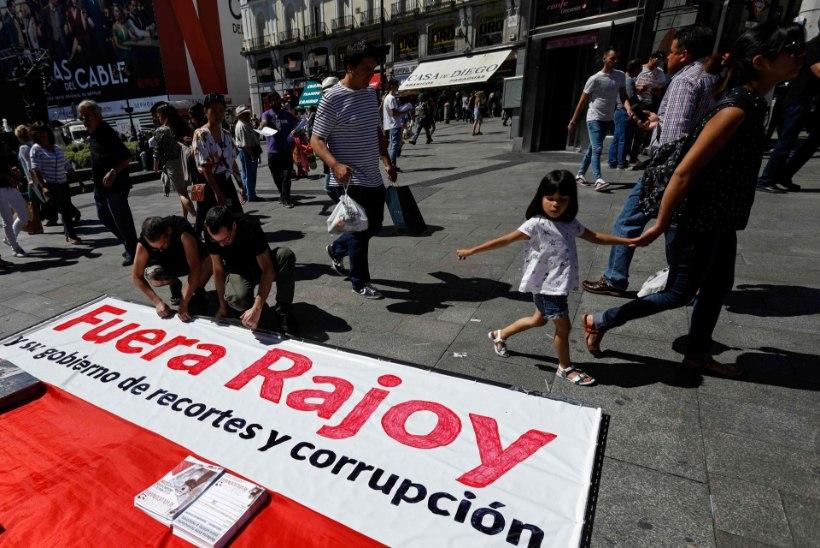 Hispaania valitsus seisab savijalgadel
