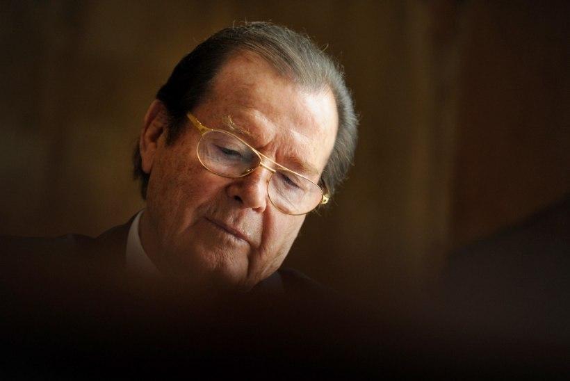 """Roger Moore'i viimane mõtisklus: """"Kes küll mind võiks mängida?"""""""