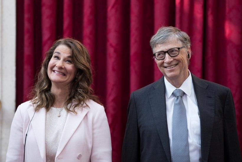Bill Gatesi lapsed said mobiiltelefoni alles 14aastaselt