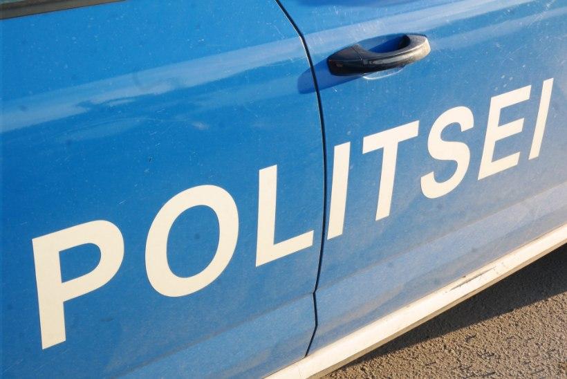 Politsei hoiatab: järjekordset skeemitajad otsivad parklates omale ohvreid