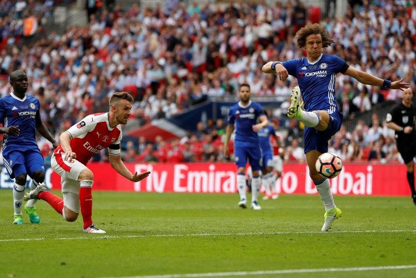 GALERII | Sanchez ja Ramsey tõid Arsenalile ülimagusa karikavõidu