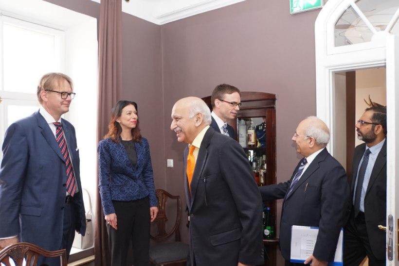 FOTOD | Välisminister Mikser kohtus India asevälisministriga, arutati omavahelisi suhteid