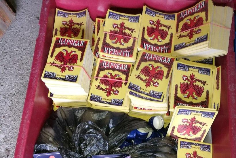 FOTOD | Maksuametnikud tabasid hiigelkoguse puskarit tootnud-turustanud bande