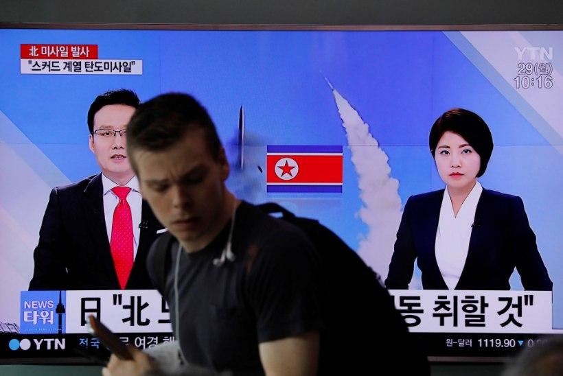 Põhja-Korea uus ballistiline rakett lendas Jaapani majandustsooni