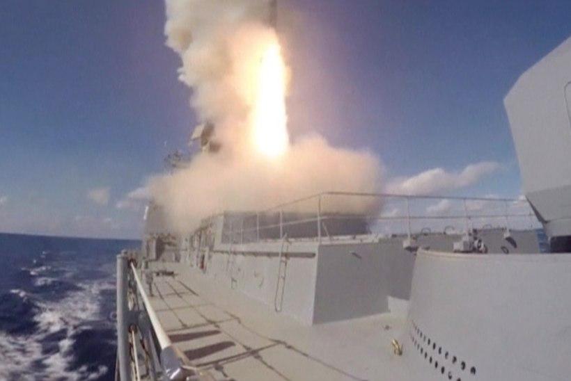 VIDEO | Venemaa andis USA eeskujul uute tiibrakettidega Islamiriigi pihta löögi