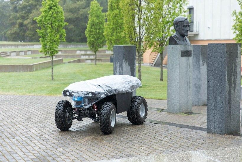 ÕHTULEHE VIDEO | Varsti pole juhiluba vajagi: Eesti insenerid alustasid isejuhtiva auto ehitamist