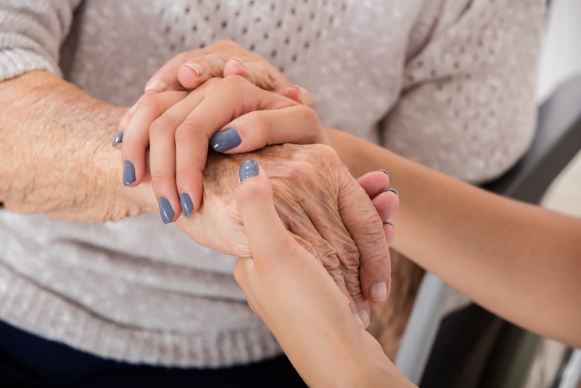 Tartu Tervishoiu Kõrgkool ootab omastehooldajaid tugigruppi