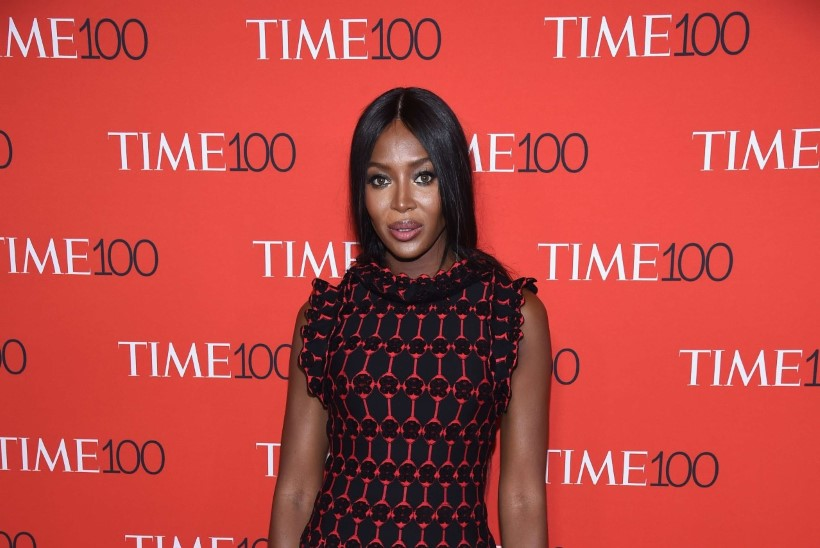 45aastane Naomi Campbell unistab lapsest