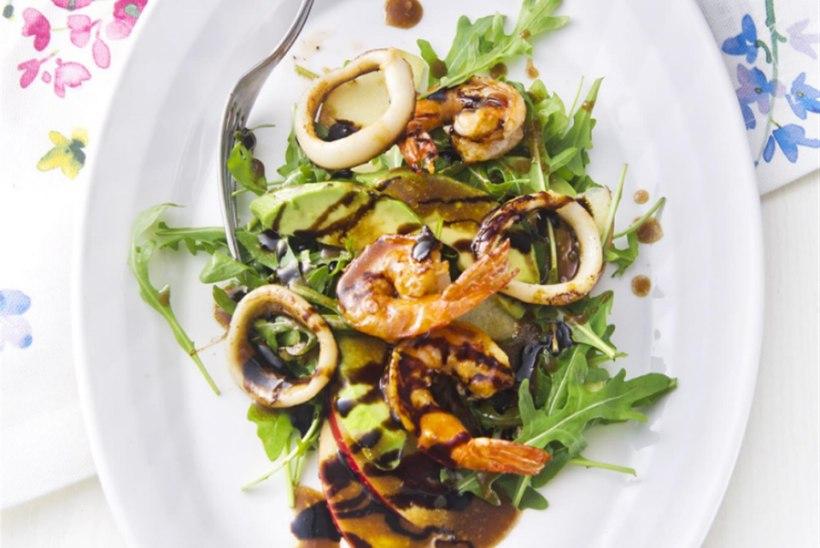 Mereannid rukolasalatiga