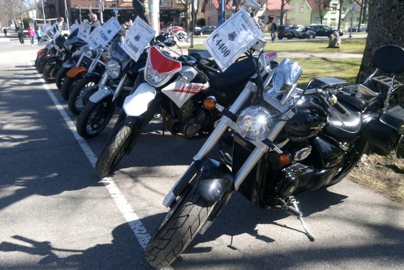 GALERII | Kevadekuulutajad müristasid motohooaja avatuks!