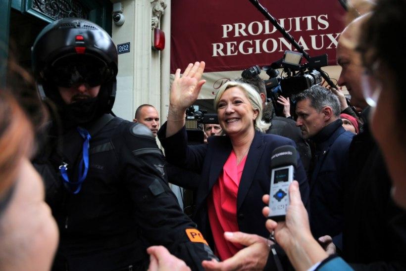 VIDEO | Le Pen tähistas valimiskaotust tantsuga