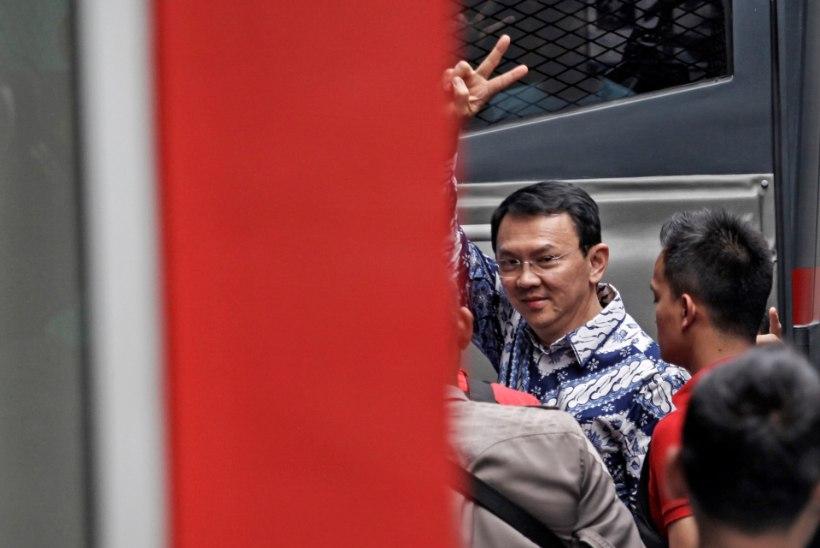 FOTOD | Indoneesias mõisteti jumalateotuses süüdi Jakarta esimene mittemoslemist kuberner