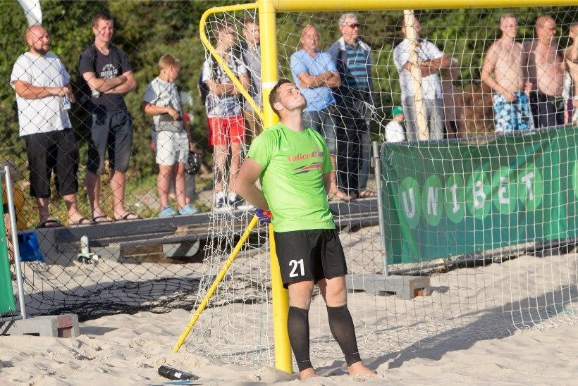 Rannajalgpalli meistri esiväravavaht valusast eurokarikast: edasipääs olnuks Eesti rannajalgpallile väga kõva näitaja