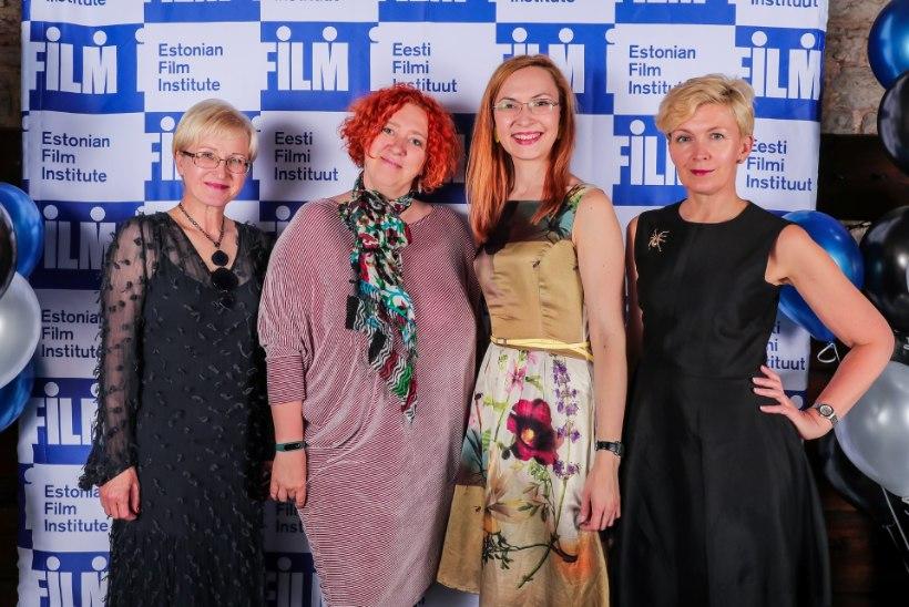 GALERII | Filmirahvas tähistas traditsioonilisel suvepeol Eesti Filmi Instituudi Sihtasutuse 20. sünnipäeva