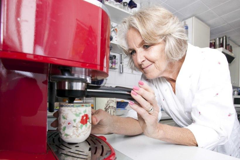 Eestlased eelistavad hommikul virguda kohvitassi seltsis