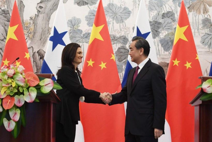 Panama katkestas Hiina kasuks sidemed Taiwaniga
