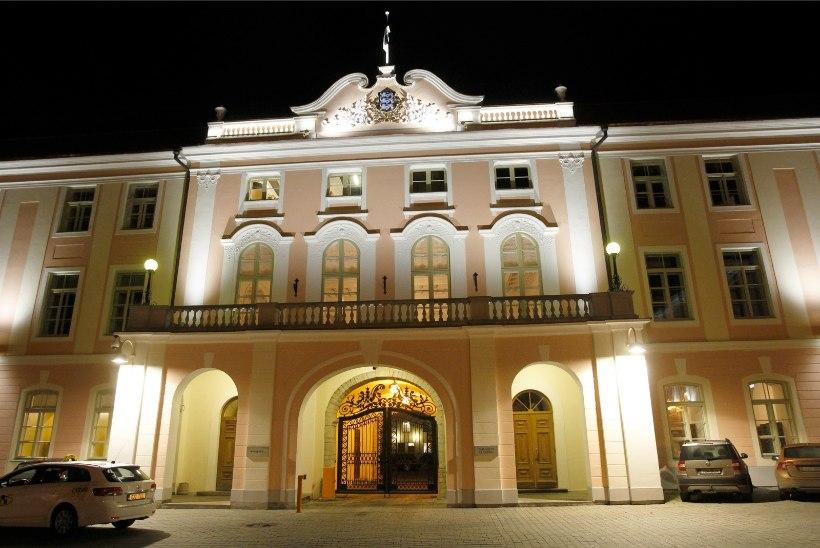 Riigikogu ööistung läks maksma 4447 eurot