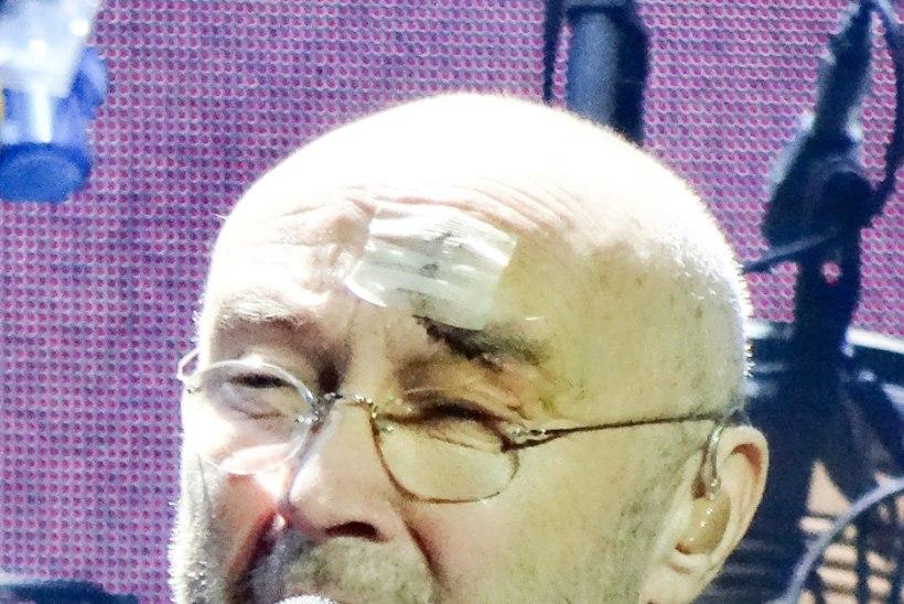Eelmisel nädalal rängalt kukkunud Phil Collins naasis lavale