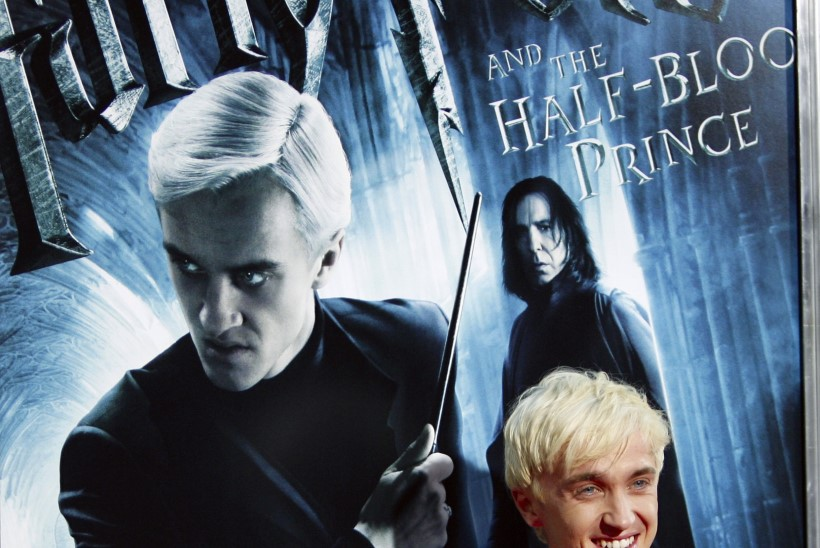Harry Potteri filmide täht musitseeris Praha tänaval, ilma et teda oleks ära tuntud