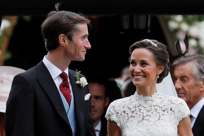 6 sammu, kuidas teha Pippa Middletoni pulmasoengut