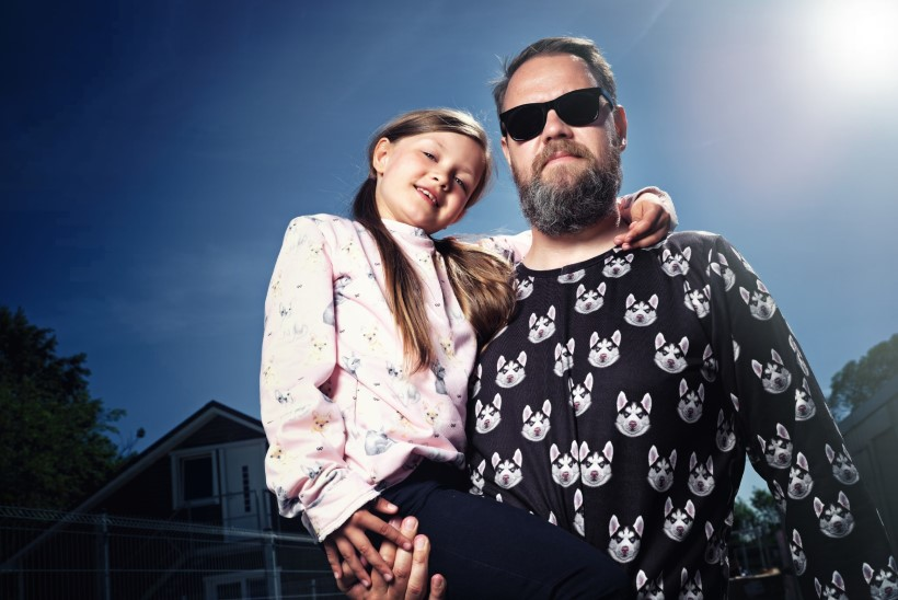 KAADRITAGUNE VIDEO | Genka hakkas tütrega modelliks