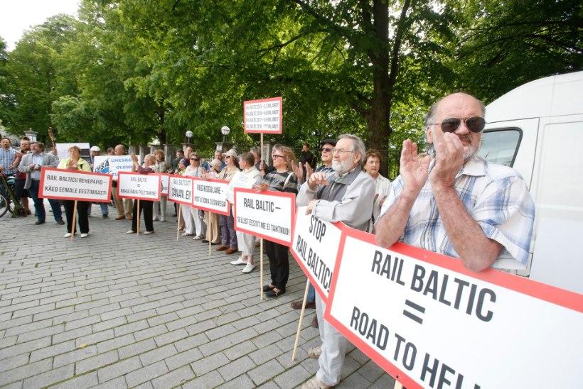 Rail Balticu vastased kogunesid Toompeale