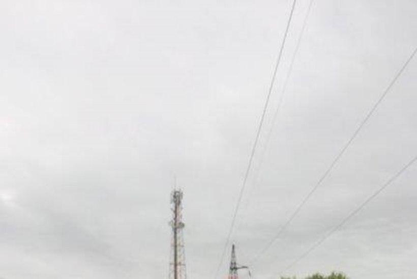 Elektriliinide alla pandud batuudid seadsid laste elu ohtu