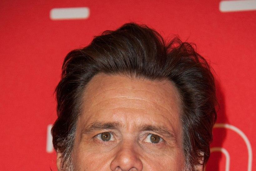 Jim Carreyt ootab ekspruudi üledoosi pärast kohus