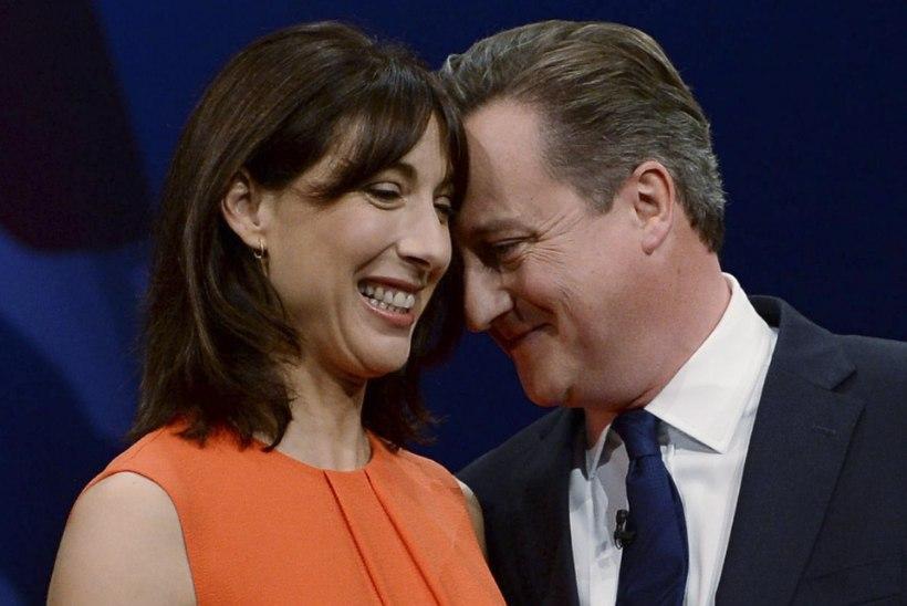 Taga targemaks! David Cameron ja tema abikaasa eputavad oma varvastega