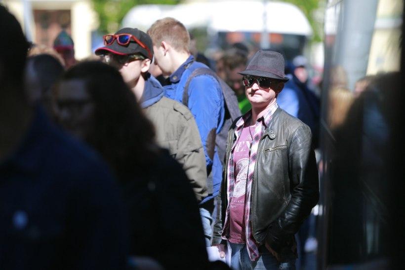 GALERII | REKORD: Riiga koguneb Foo Fightersi kontserdile üle 3600 eestlase