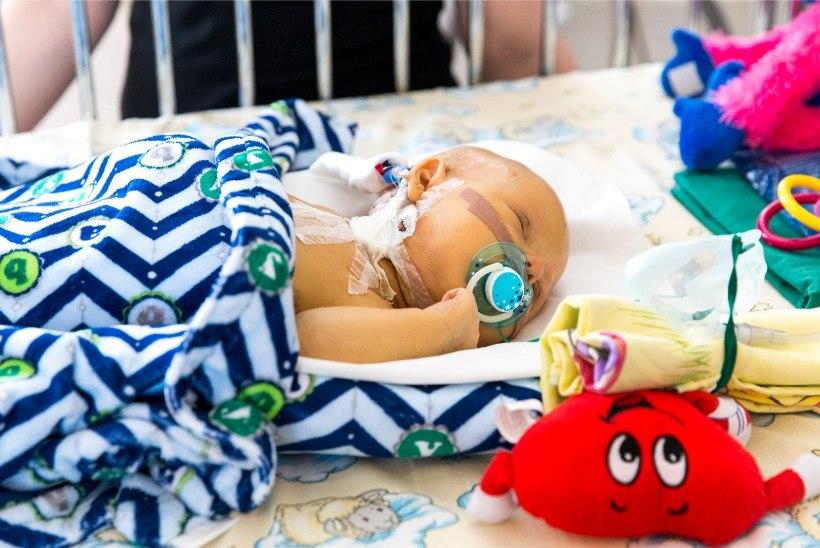 HEA UUDIS: pisikese Arseni raviks vajalik summa sai kokku vähem kui ööpäevaga!
