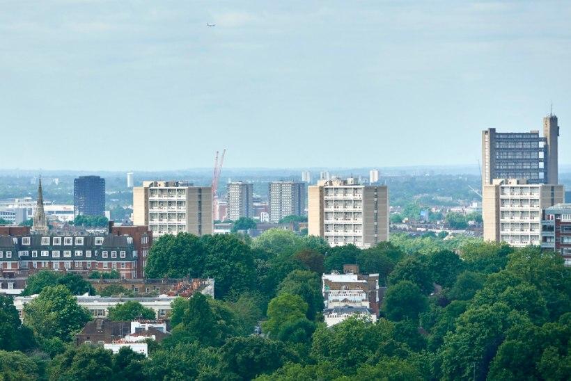 Londoni tornmajade saaga jätkub: ohutusprobleemide tõttu evakueeriti inimesed 800 kodust
