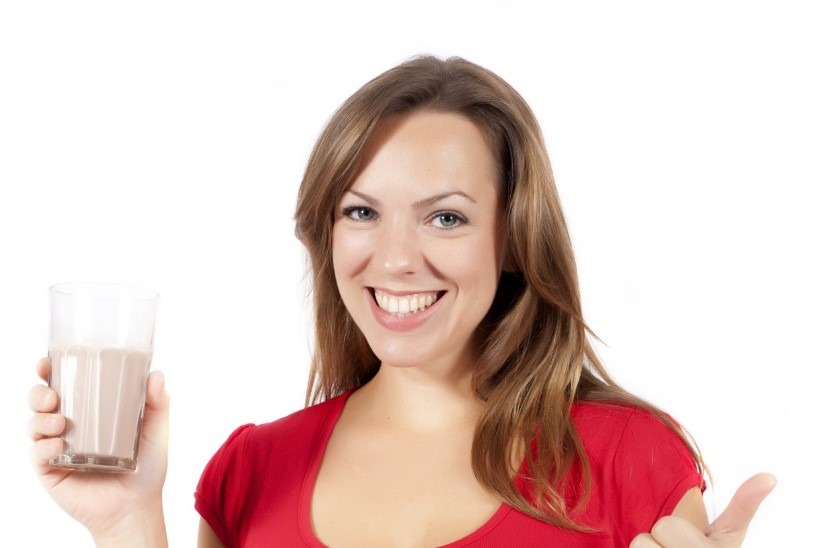 Joo vett ja piima ning puhka ehk seitse nippi, kuidas pohmellist üle saada