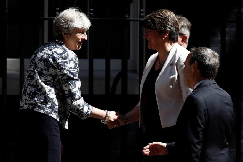 Theresa May üsna tagasihoidlik partii Põhja-Iiri unionistidega