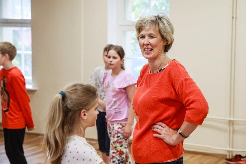 Riia koolilapsed valmistuvad usinalt tantsupeoks