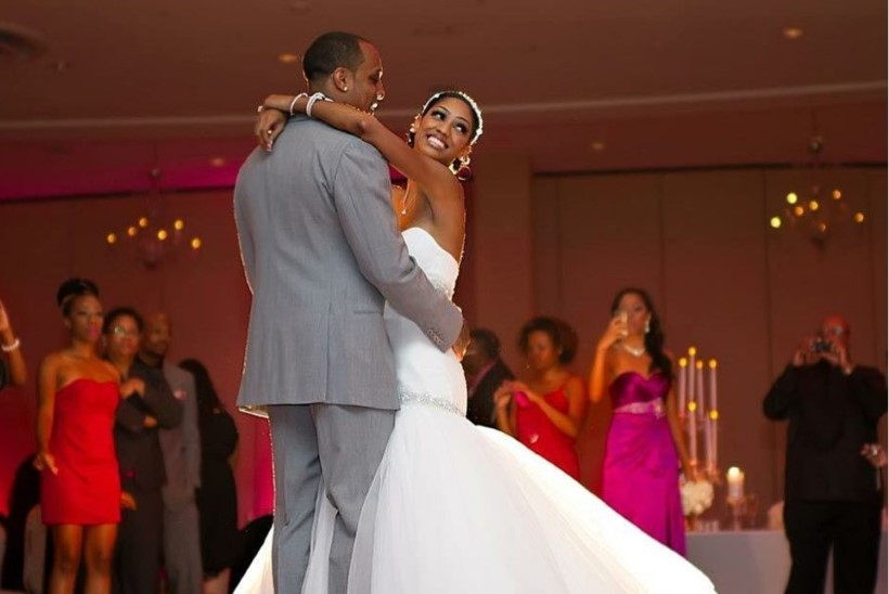 ÕNNELIK ABIELU VÕI KIBE LAHUTUS? Mis saab pulmakleidisaates osalejatest pärast saadet?