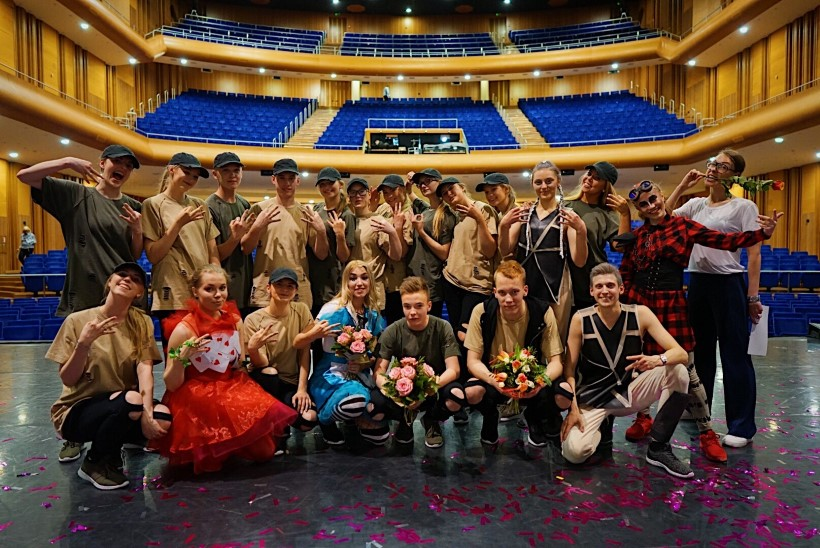 FOTOD | Eesti noored ja andekad tantsijad küsivad: kas igal pool mujal on ikka parem?